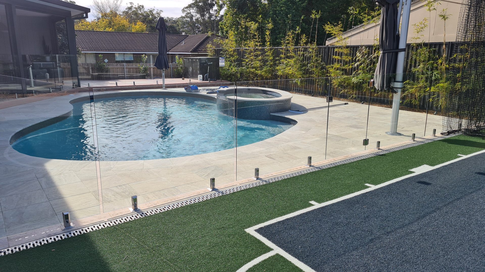 Frameless Glass Pool Fence Castle Hill - Glass Fence Supplies