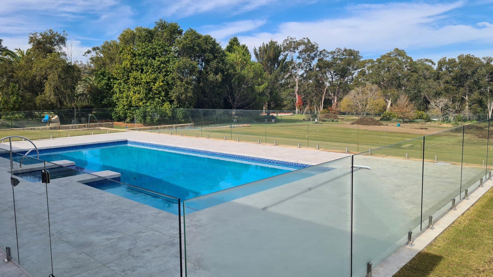 Frameless Glass Pool Fence, Nelson - Glass Fence Supplies